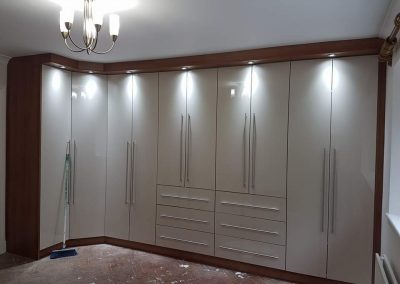 9_Fitted_Wardrobes_London_April_2019